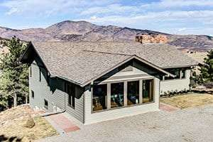 Roofing contractor Longmont CO