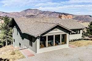 Roofing contractor Longmont CO